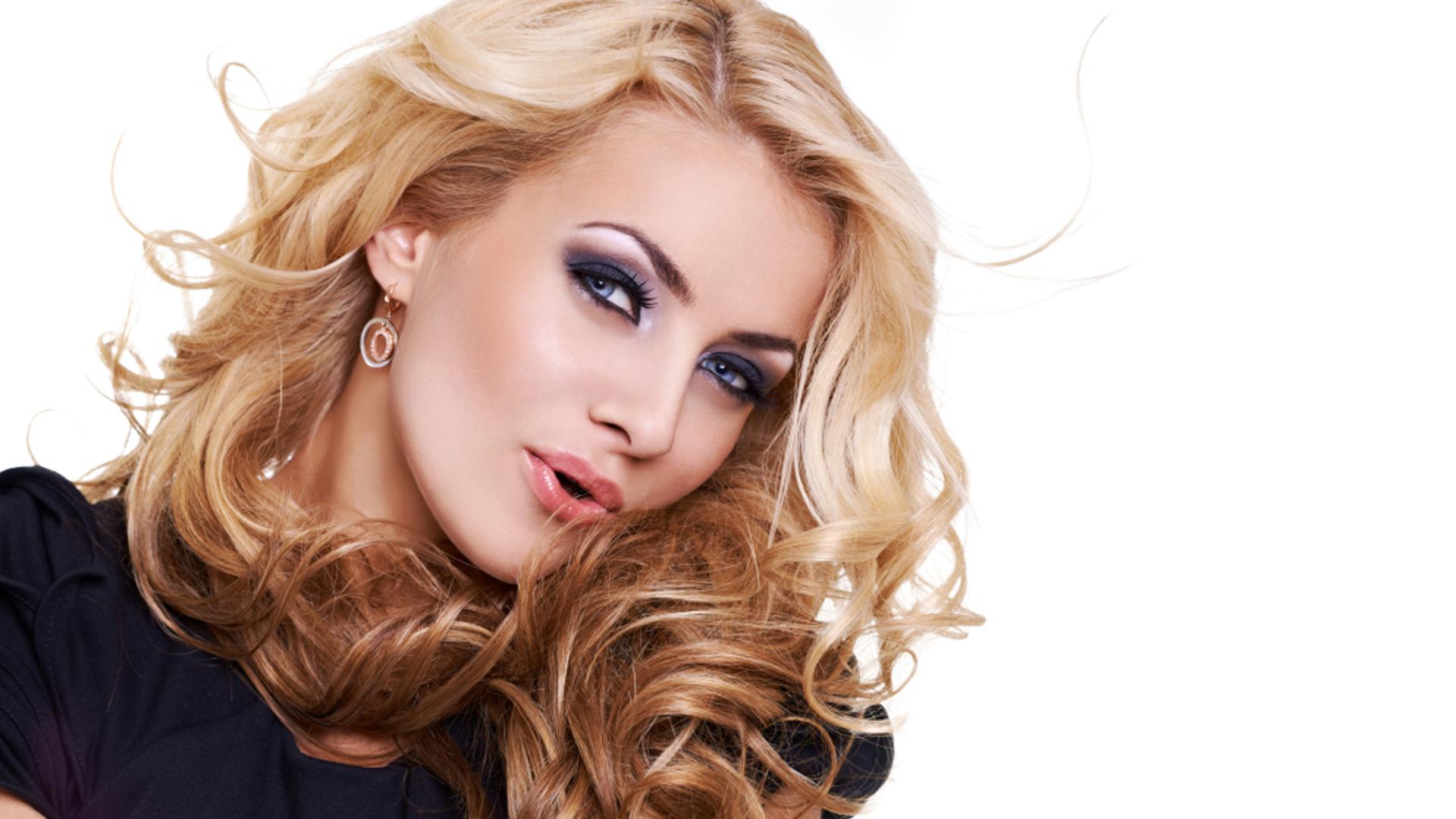 Anthony Jones Hair Salons Hair Style Selection 1066